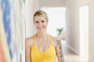 Esther Ortz - Ausbilderin   Yogato   Yoga Neuss